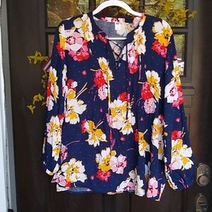 Worn Once! Highly Detailed! Old Navy Flowy Blouse